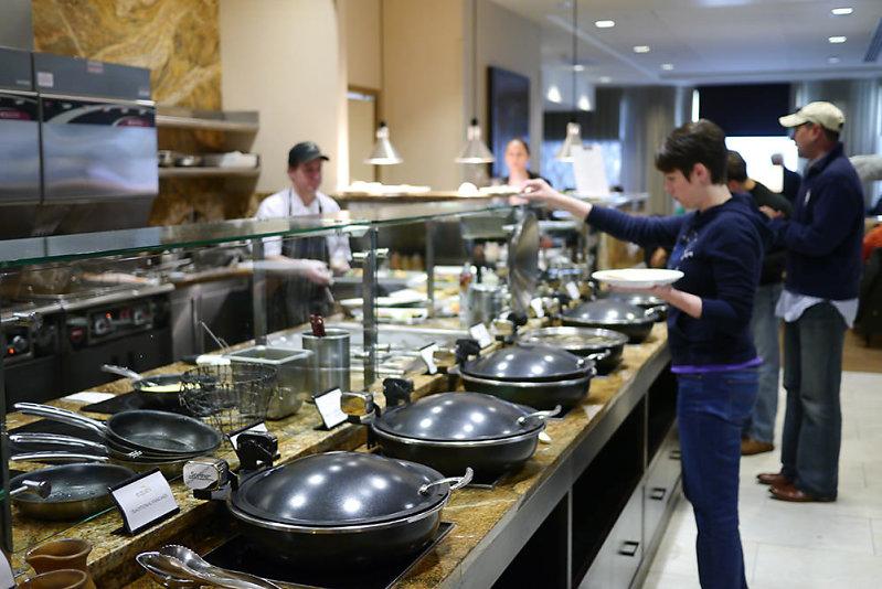 Hyatt-Regency-Bellevue-Eques-brunch-buffet.jpg
